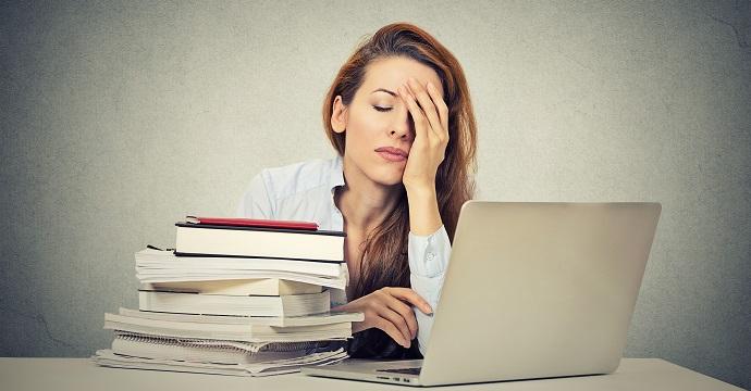 È possibile laurearsi lavorando a tempo Pieno?
